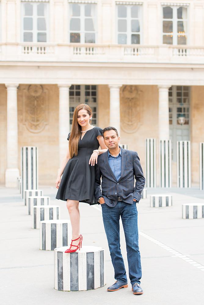 couple posing Palais Royal paris