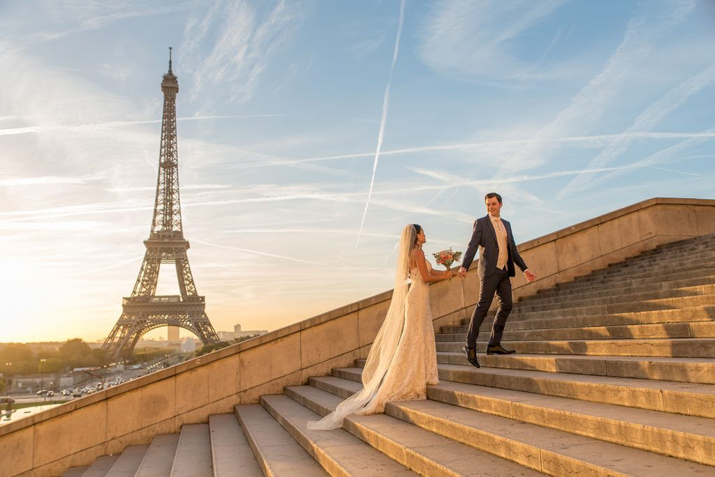 bridal photoshoot Trocadero stairs Paris