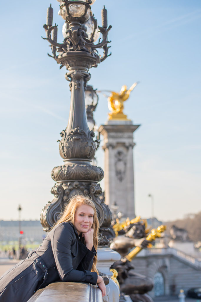 Sweet sixteen photoshoot at bridge in paris