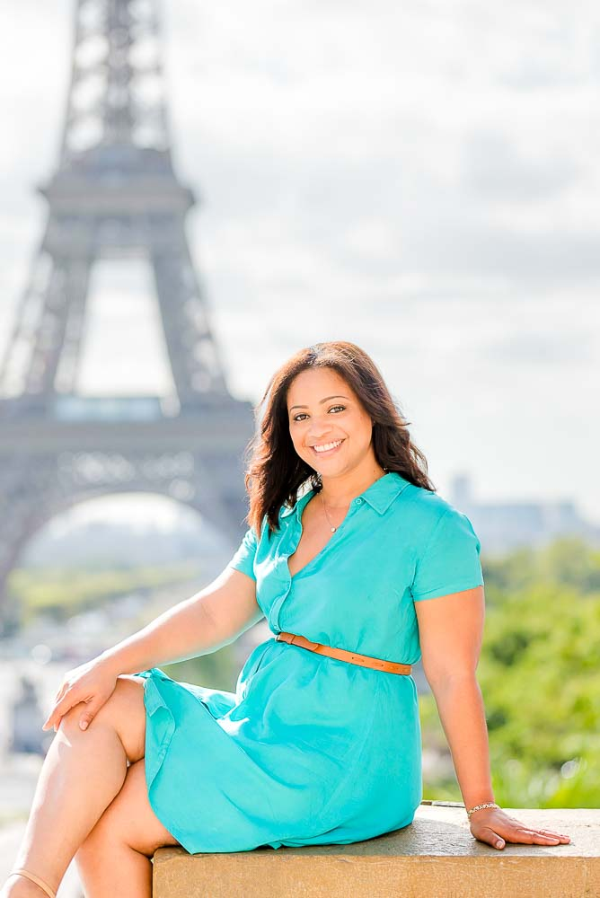 Mom photo at the Eiffel Tower in paris