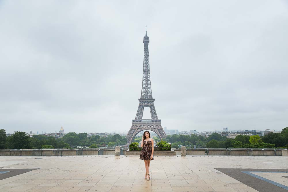 quinceanera photo session at Eiffel Tower