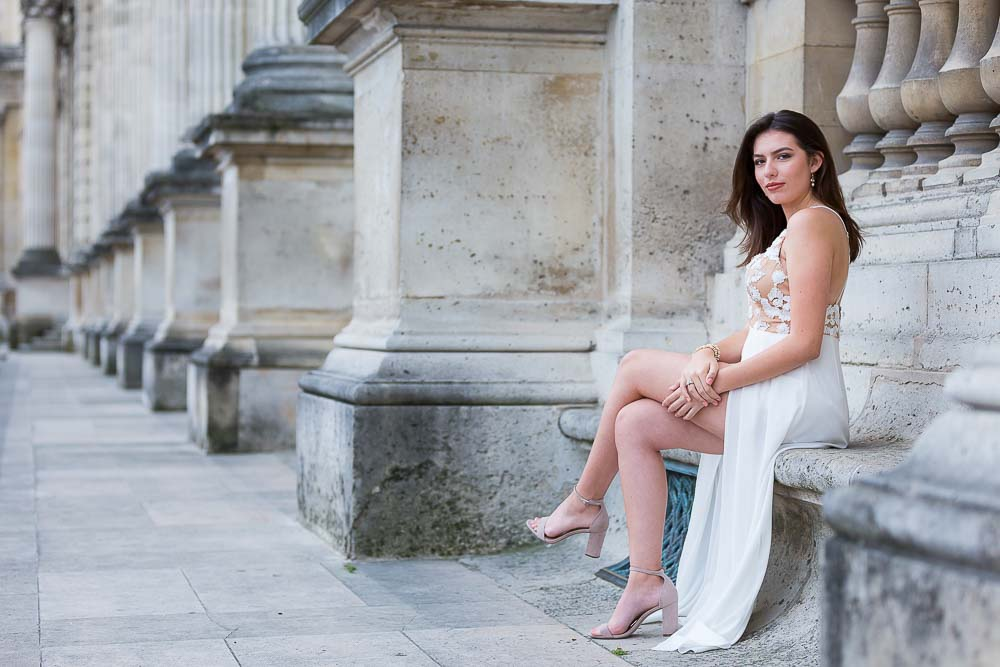 beautiful quinceanera photoshoot at Louvre
