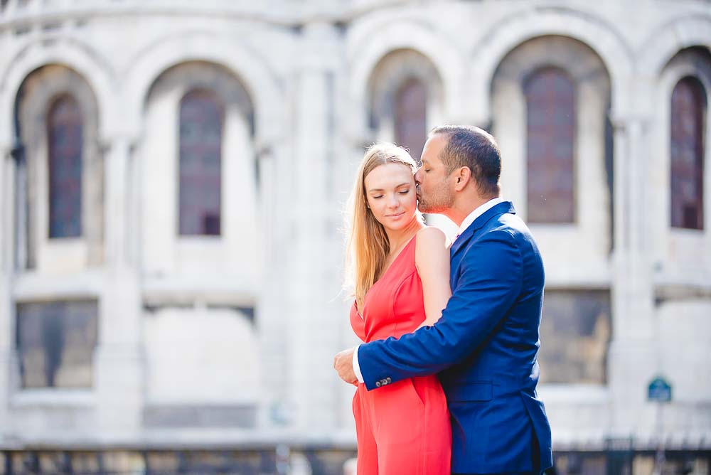 Couple engagement photoshoot in Montmartre