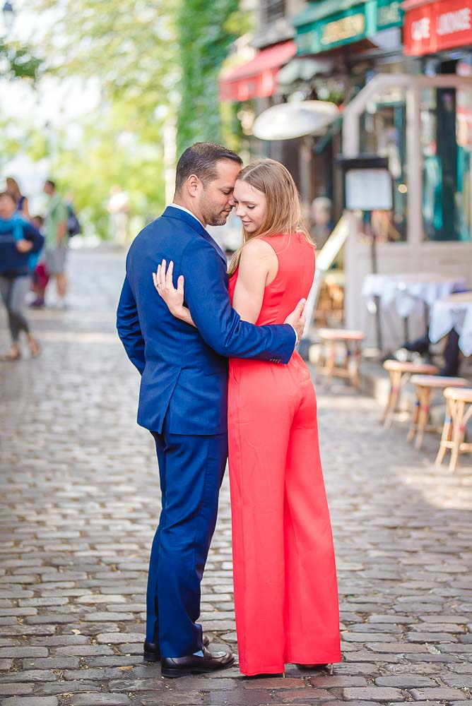 sweet Couple photo in Montmartre
