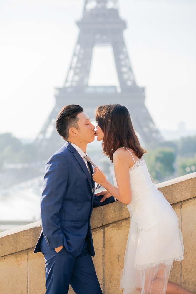 proposal photoshoot at Eiffel Tower