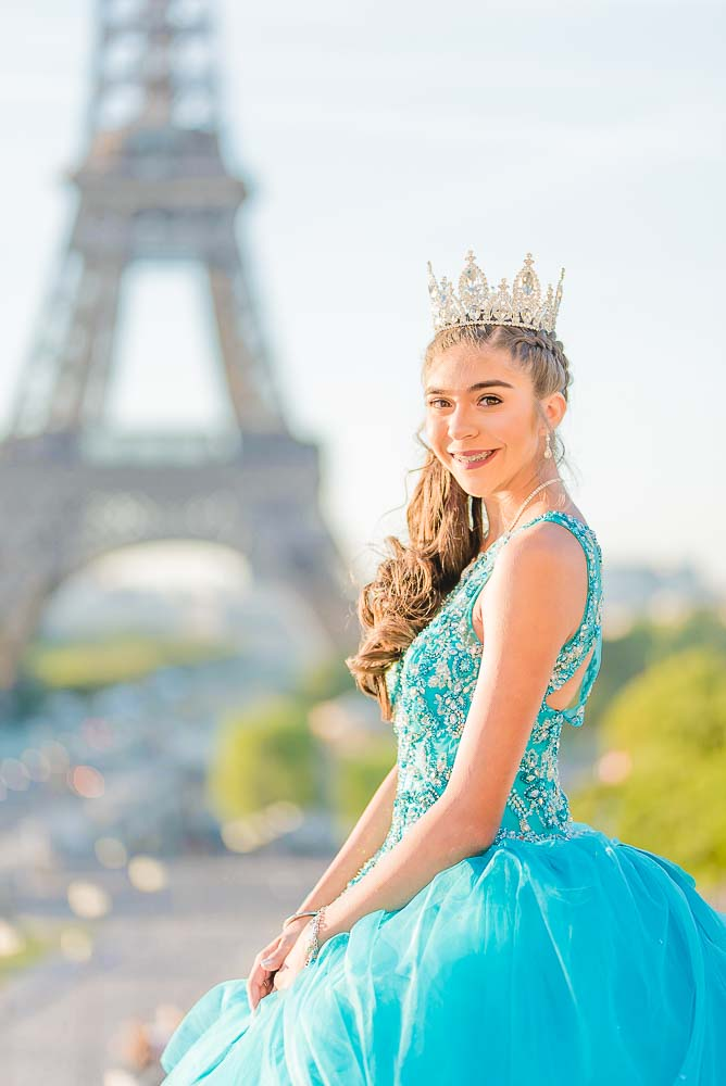 Quinceanera portrait session at Eiffel Tower