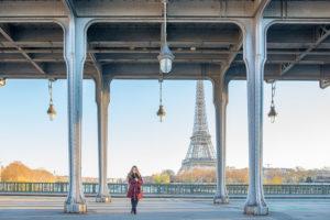 Senior photo at Eiffel tower