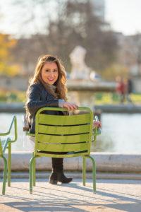 senior phoshoot in tuileries garden in paris