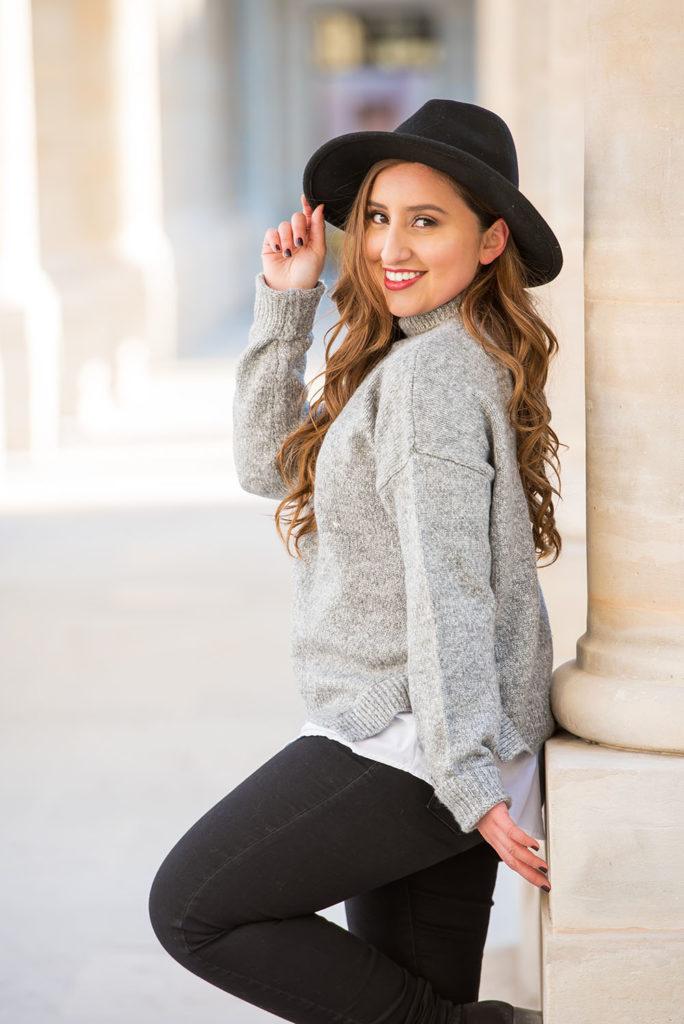 Senior photoshoot in Paris with Jessica
