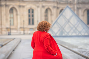 Solo morning photo session at Louvre