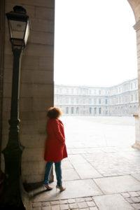 Solo portrait session in Paris Louvre