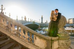 winter photo session at bridge in Paris