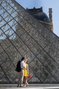 dancer couple photo session at Louvre
