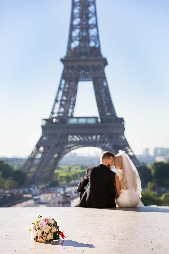 Bridal picture at Eiffel Tower