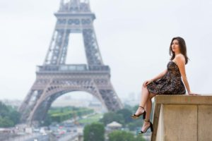 quinceanera photo session at the Eiffel Tower