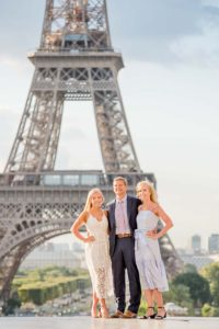 Eiffel Tower - sweet family photo session