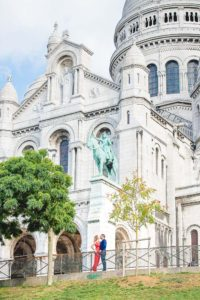 Couple photo session in Montmartre - Sacre-Coeur