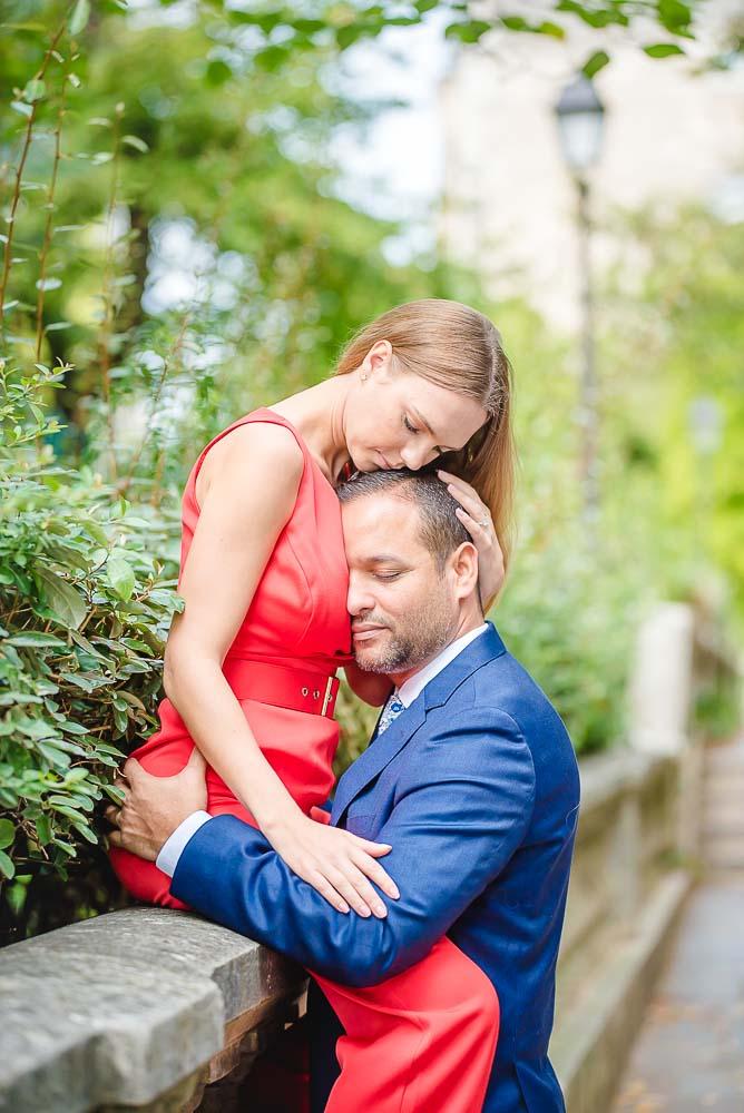 Cute couple photo Montmartre