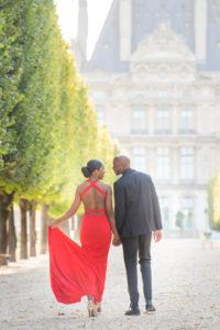 Couple walking in Tuileries garden