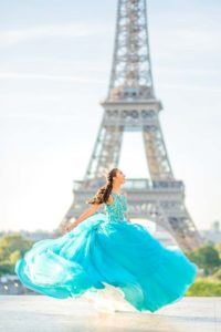 Quinceanera at Eiffel Tower