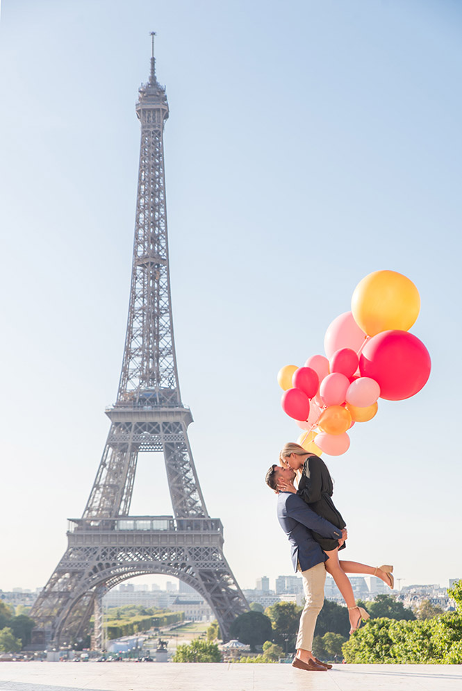 engagement paris photographer for hire