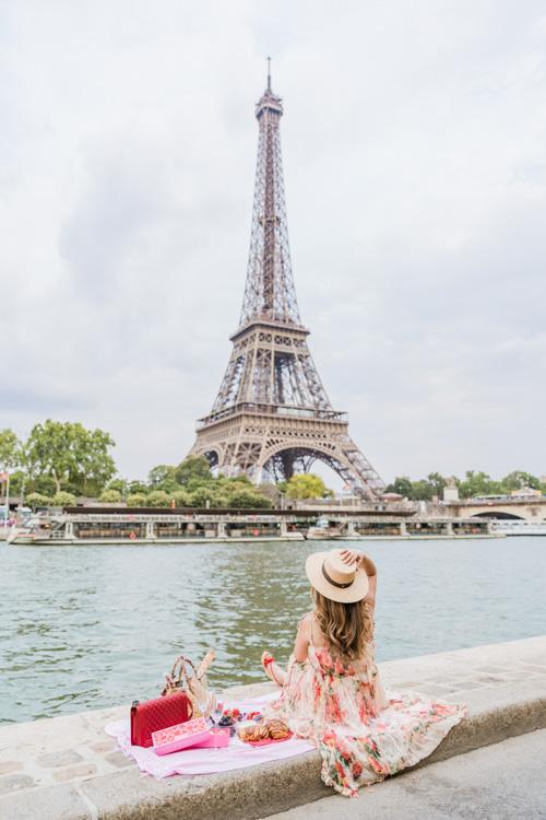 eiffel tower riverside photo-shoot